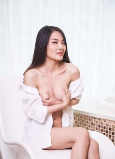 Amy Japan lovely girl - escort in Kuwait Photo 6 of 10