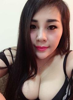 Amy Sexy Gril Iservice - escort in Dubai Photo 4 of 8