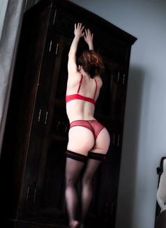 French Canadian Anais! April 15-17th - escort in London Photo 6 of 7