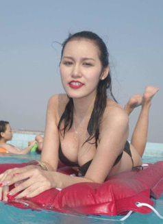 Anal OWO rimming with Scarlet - escort in Abu Dhabi Photo 3 of 10