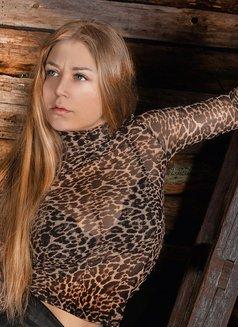 Anastasia - escort in Saint Petersburg Photo 26 of 27