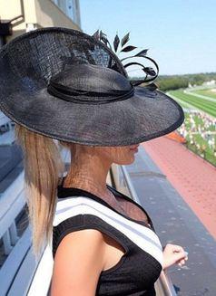 Anastasia NEW - escort in Paris Photo 4 of 6