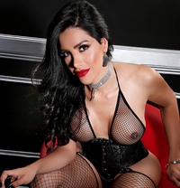"Zusy for you ""Latína"" - Transsexual escort in Barcelona"