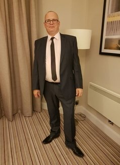 Andy - Male escort in Coventry Photo 1 of 2