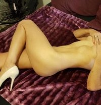 Angel Classy Mature - masseuse in Adelaide