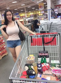 Angel - Transsexual escort in Makati City Photo 4 of 9