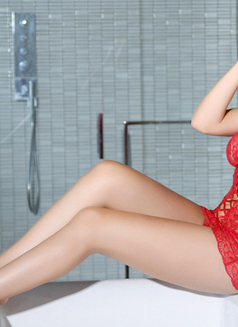 Angela From Sweden - escort in İstanbul Photo 4 of 5