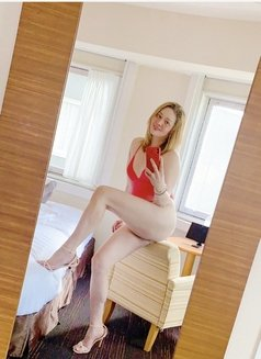Angelica - Transsexual escort in Osaka Photo 2 of 14