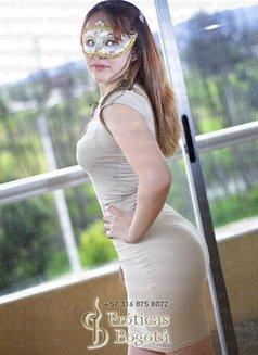 Angie - escort in Bogotá Photo 9 of 9