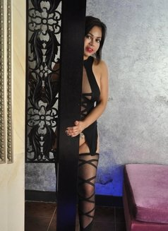 Angie, sexy Filipina - escort in Dubai Photo 9 of 12