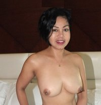 Angie, sexy Filipina - escort in Dubai Photo 1 of 13