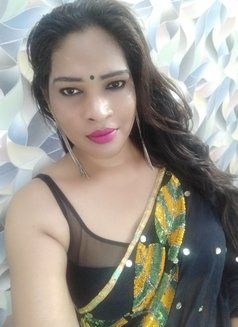Anjali Trans - Transsexual escort in Mumbai Photo 7 of 13