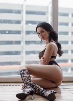 Ann - escort in Shanghai Photo 11 of 17