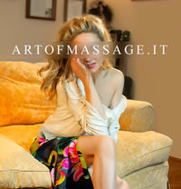 AΝΝA ΔRT OF MΔSSΔGE - escort in Naples