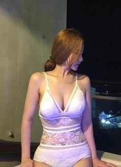 Anna - escort in Beijing Photo 1 of 4