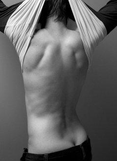 Anna Harris - masseuse in Toronto Photo 1 of 1