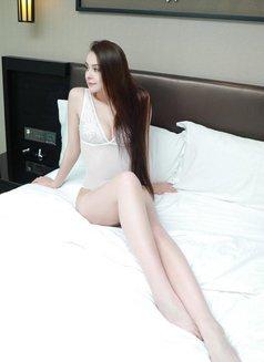 Anna - escort in Hong Kong Photo 3 of 4