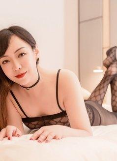 Anna - escort in Shanghai Photo 9 of 9