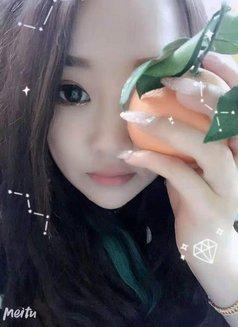 Annie - escort in Hangzhou Photo 5 of 5