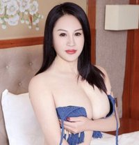 Annie Korea Girl - escort in Kuwait Photo 1 of 7