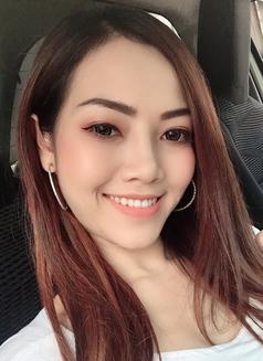 Annie Rosa - escort in Bangkok Photo 3 of 5