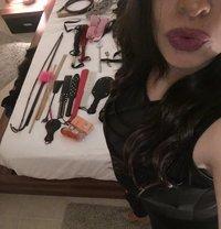 Arabic Mistress Dianne - dominatrix in Dubai