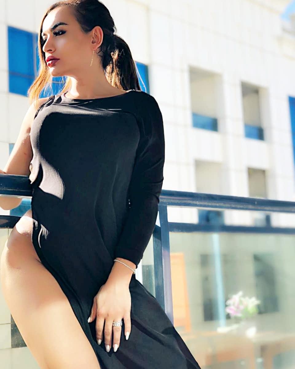 Arabic Shemale in Dubai New, Lebanese Transsexual escort