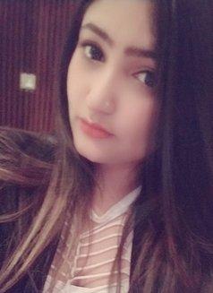 Arpita Busty Milf - escort in Abu Dhabi Photo 1 of 4