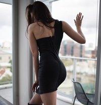 Ashley - escort in Amsterdam