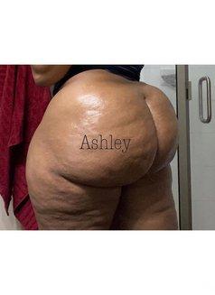Ashley - masseuse in Kilimani Photo 1 of 6