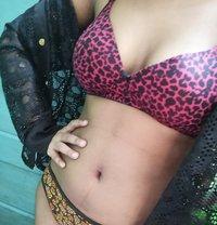 Ashnisha - escort in Chennai