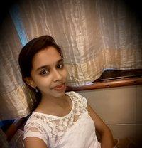 Attractive Indian Beauty - escort agency in Muscat