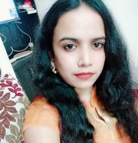 Attractive Indian Girl - escort in Muscat Photo 1 of 2