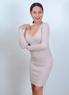 Aurora - Transsexual dominatrix in Manila Photo 7 of 9