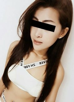 Sexy Avril - escort in Pattaya Photo 2 of 18