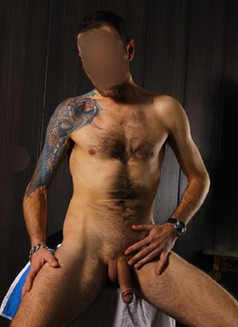 Axel - Male escort in Madrid Photo 7 of 7
