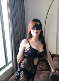 Mona Hot Young Super Sexy Girl - escort in Kuwait Photo 2 of 12