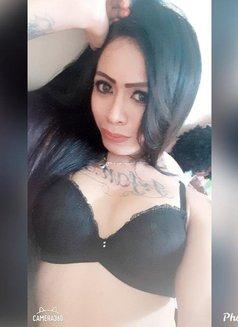 Balgis - Transsexual escort in Jakarta Photo 4 of 7