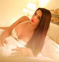 bdsm indian mistress - Transsexual escort in New Delhi