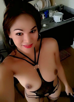 Ts-anne expert - Transsexual escort in Manila Photo 14 of 20