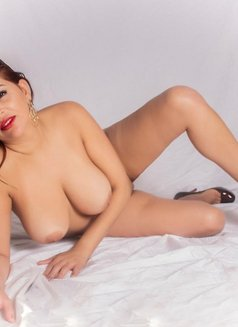 Beatriz - escort in Marbella Photo 1 of 7