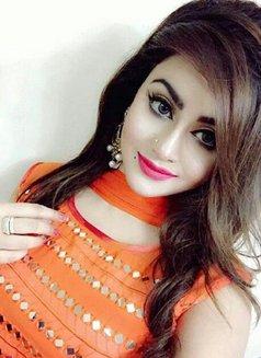 Zara Butt - escort in Hyderābād, Pakistan Photo 1 of 9