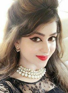 Zara Butt - escort in Hyderābād, Pakistan Photo 7 of 9
