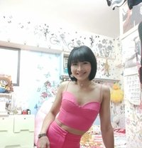Bee incall & outcall - companion in Hong Kong Photo 16 of 19