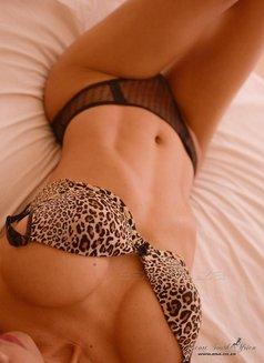 Bella New Ladyboy - Transsexual escort in Dubai Photo 8 of 12
