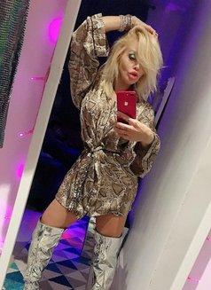Belle Crystal Brazil FULL SERVICE - escort in London Photo 4 of 30