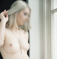 Belle Devine, Your Hungarian Pearl - escort in Budapest