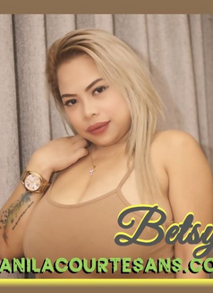 Betsy - escort in Makati City Photo 1 of 8