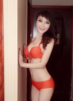 Betty Sexy Asian - escort in Dubai Photo 13 of 15