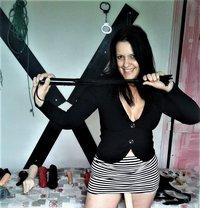 Biacamgirl Domination Virtuel - dominatrix in Linköping